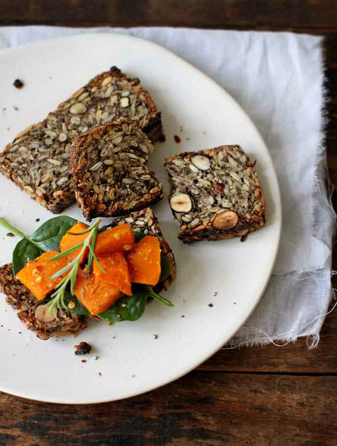 Life changing loaf of bread - brood met chia