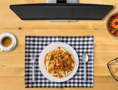 Vaak alleen (avond) eten in deze corona tijd? 8 tips om er een leuk moment van te maken.